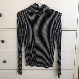 american eagle striped turtleneck